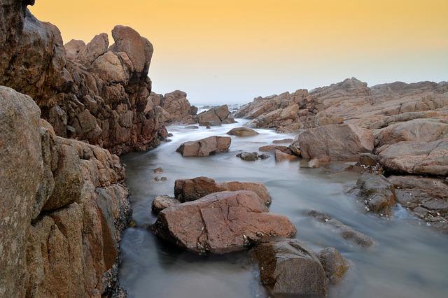 Les roches, les pierres ... D53910