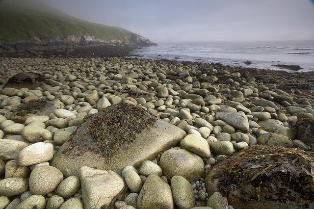 Les roches, les pierres ... - Page 2 D55610