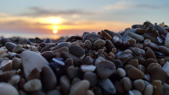 Les roches, les pierres ... - Page 2 D55710