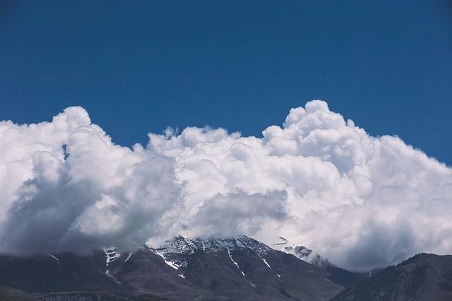 Les nuages  - Page 2 E18410
