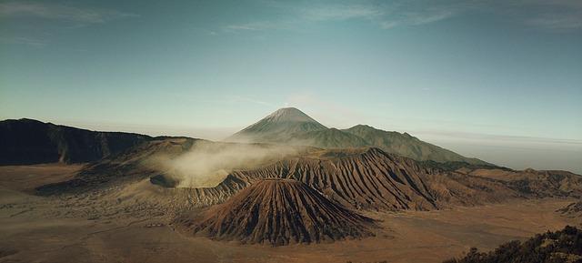 Volcans... E50010