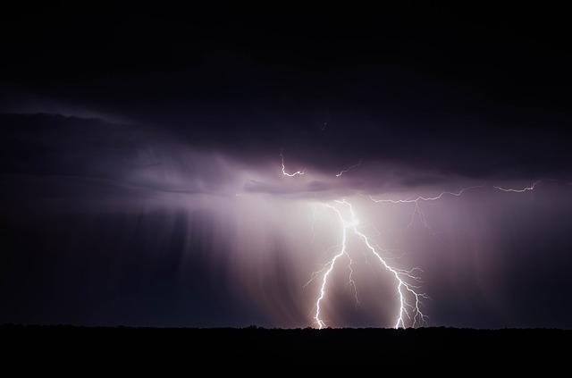 L'orage ~~ Les éclairs - Page 2 E55310
