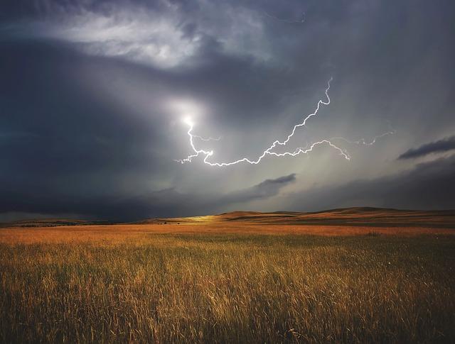 L'orage ~~ Les éclairs - Page 2 E55410