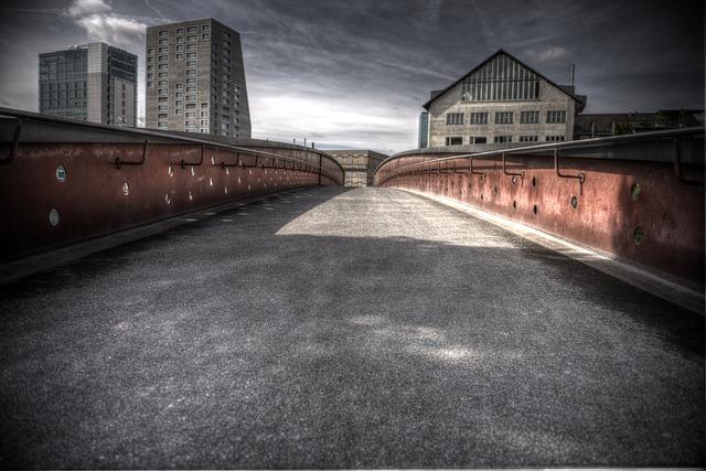 Ponts, quais ... G40610