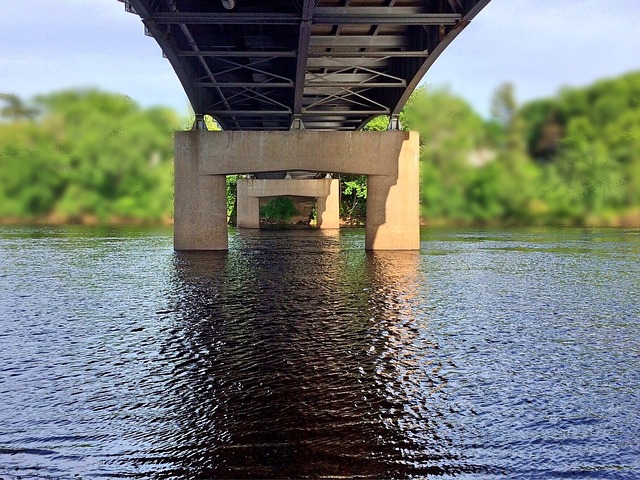 Ponts, quais ... G40810