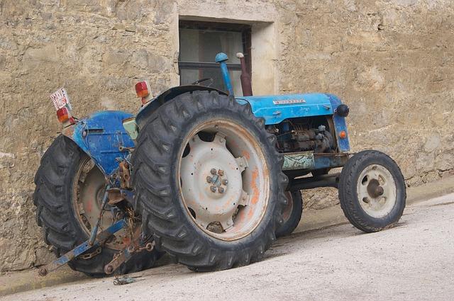 Les tracteurs H3810