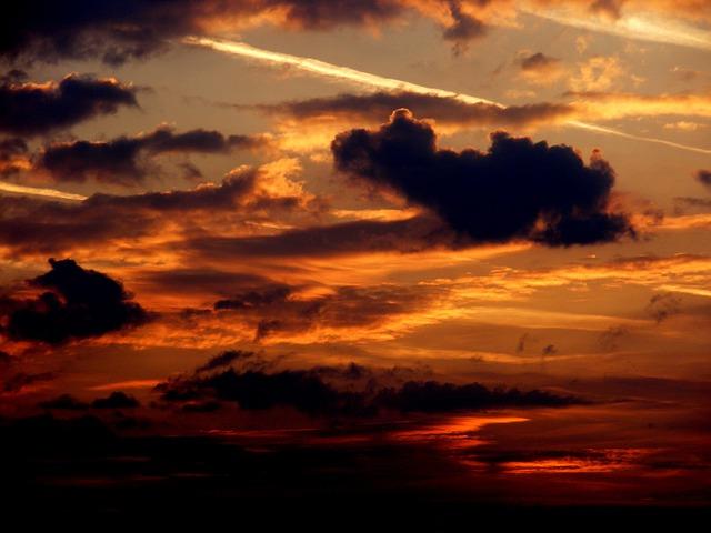 Images coucher de soleil - Page 3 L1110