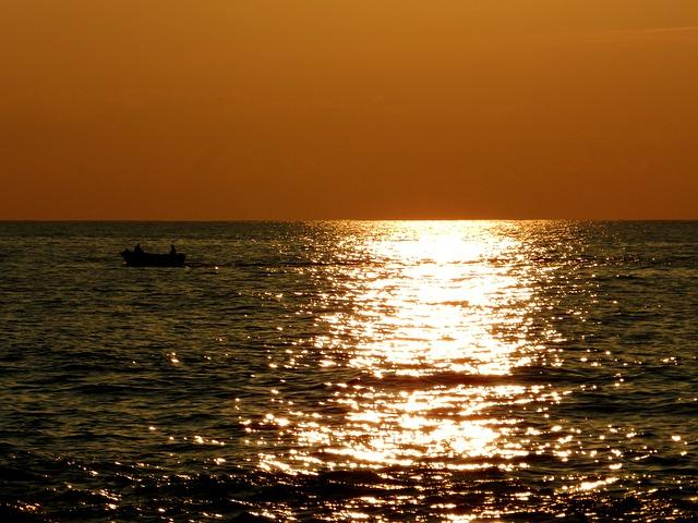 Images coucher de soleil - Page 4 L2110