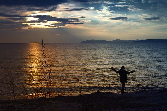 Images coucher de soleil - Page 4 L3210