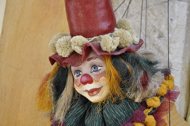 Les clowns  - Page 2 M111