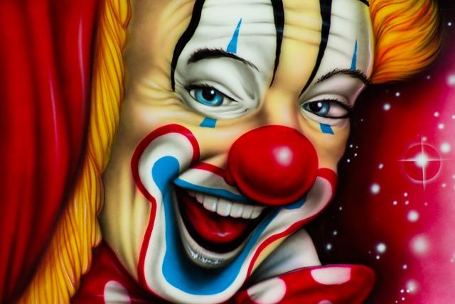 Les clowns  - Page 2 M211