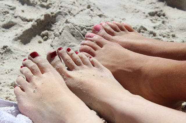 Les pieds  N1110