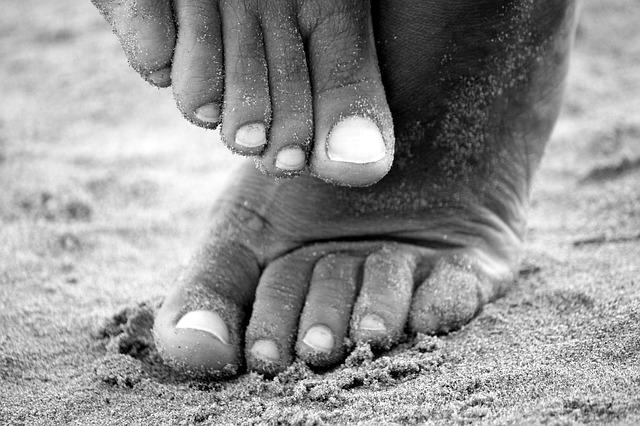 Les pieds  N1210