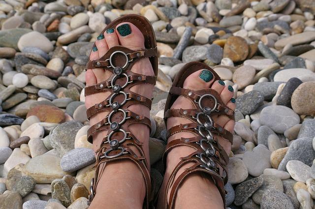 Les pieds  N1510
