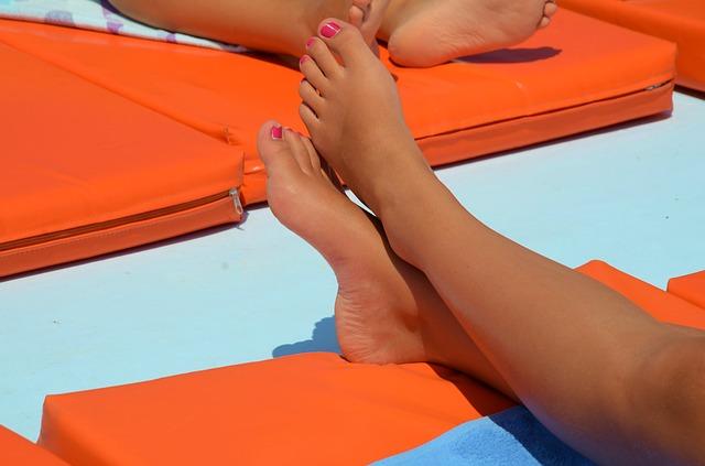 Les pieds  N2410