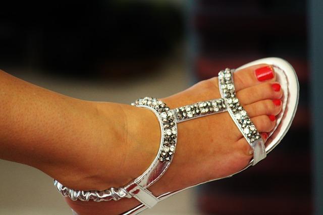 Les pieds  N2810
