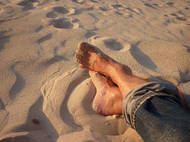 Les pieds  N610