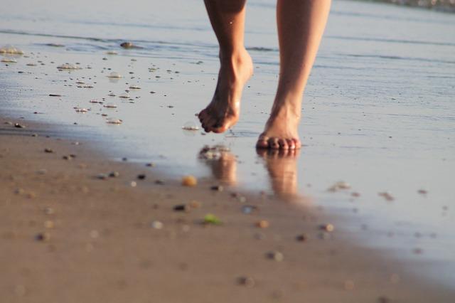Les pieds  N710