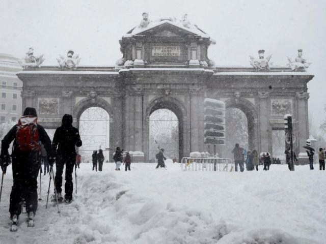 """""""Madrid cubierta de nieve"""" -Soneto- Filome10"""