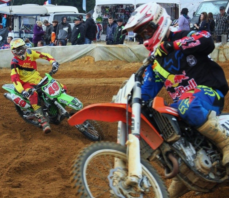 Motocross Willancourt - 4, 5 et 6 septembre 2015 ... - Page 8 10521310