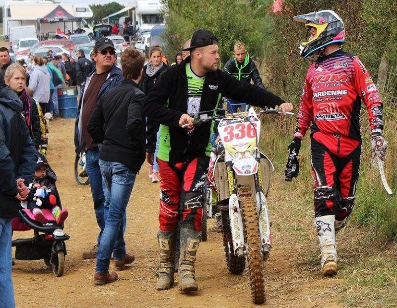 Motocross Willancourt - 4, 5 et 6 septembre 2015 ... - Page 8 11112510