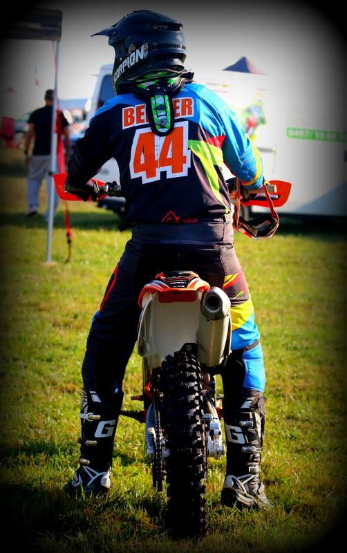 Motocross Wardin - 30 août 2015 ... - Page 4 11924211