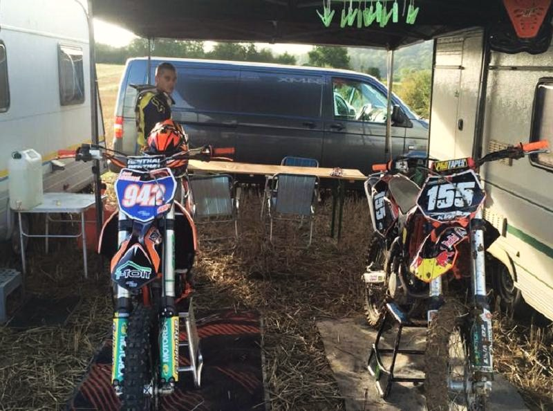 Motocross Willancourt - 4, 5 et 6 septembre 2015 ... - Page 2 11951310
