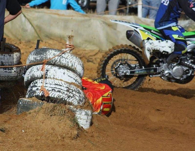 Motocross Willancourt - 4, 5 et 6 septembre 2015 ... - Page 7 11952713