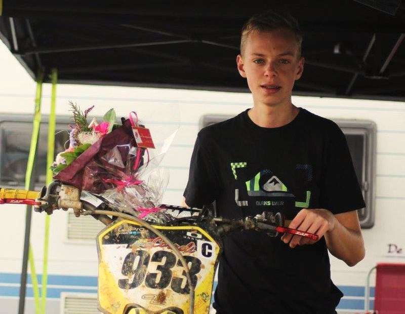 Motocross Willancourt - 4, 5 et 6 septembre 2015 ... - Page 5 11958010