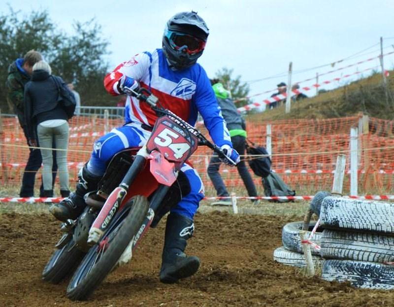 Motocross Willancourt - 4, 5 et 6 septembre 2015 ... - Page 4 11987112