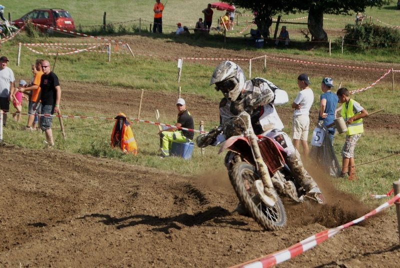 Motocross Wardin - 30 août 2015 ... - Page 4 11988310
