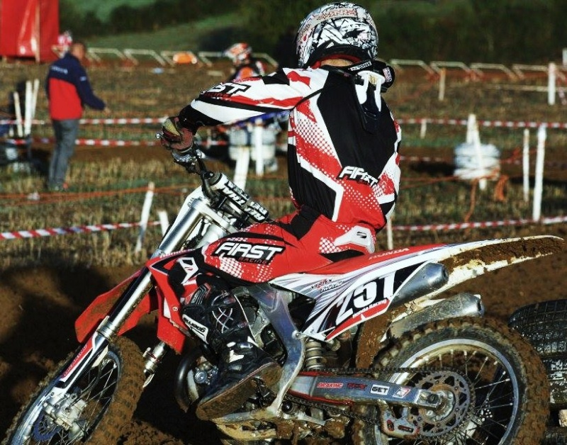Motocross Willancourt - 4, 5 et 6 septembre 2015 ... - Page 7 11999611
