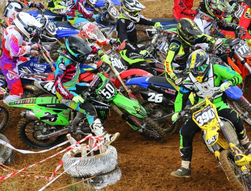Motocross Willancourt - 4, 5 et 6 septembre 2015 ... - Page 8 11999810
