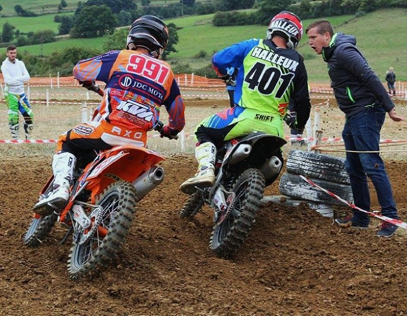 Motocross Willancourt - 4, 5 et 6 septembre 2015 ... - Page 8 12000912