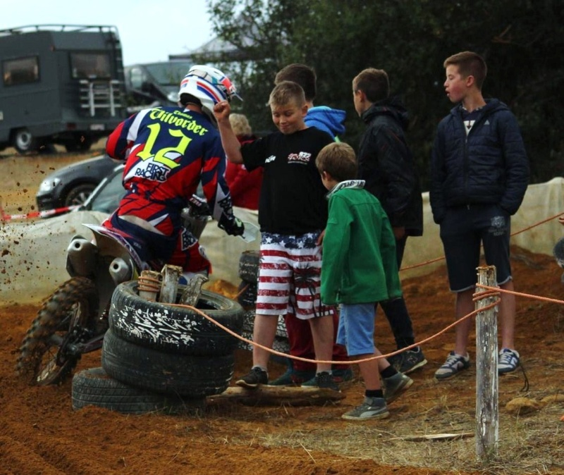 Motocross Willancourt - 4, 5 et 6 septembre 2015 ... - Page 5 12001011