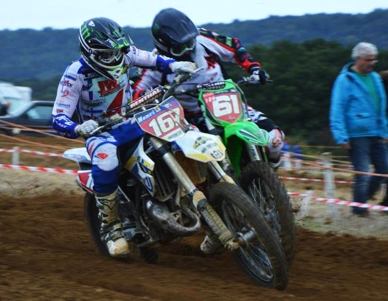 Motocross Willancourt - 4, 5 et 6 septembre 2015 ... - Page 4 12002010