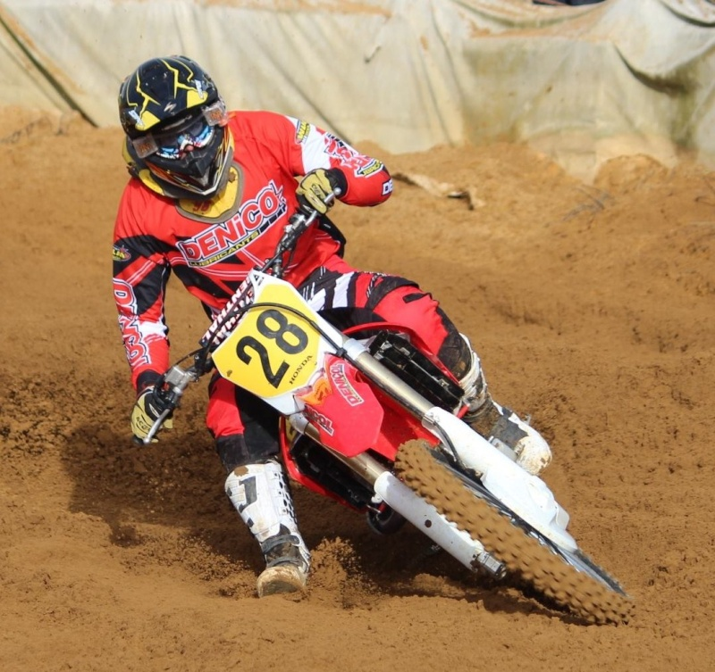 Motocross Willancourt - 4, 5 et 6 septembre 2015 ... - Page 8 12002311