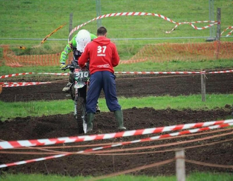 Motocross Bercheux - 13 septembre 2015 ... - Page 3 12003212