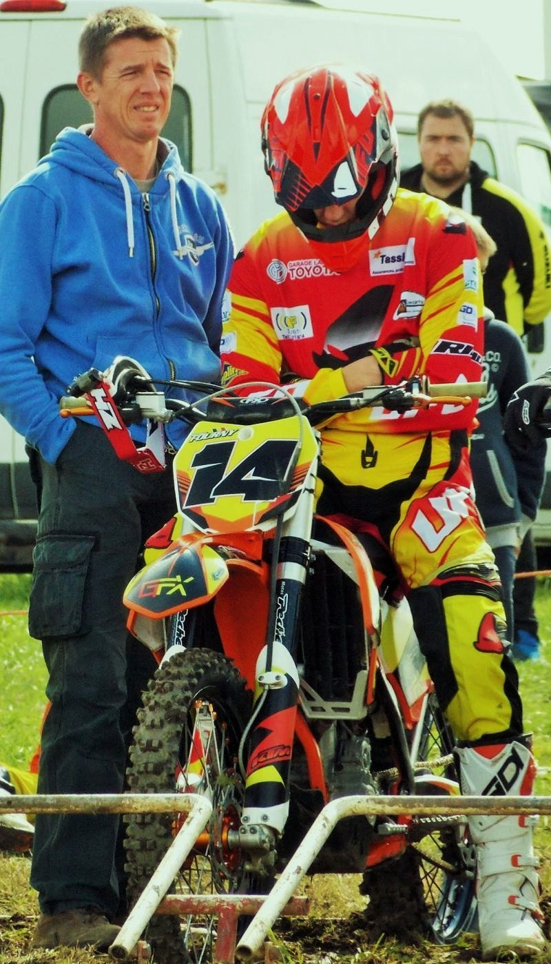 Motocross AMPL - Vaux-sur-Sûre le 20 septembre 2015 ... - Page 2 12006512