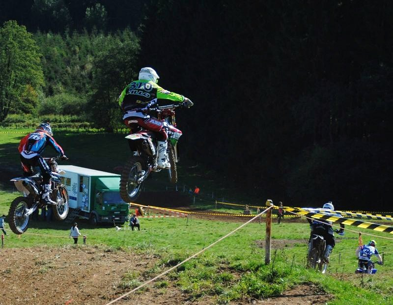 Motocross Moircy - 27 septembre 2015 ... - Page 2 12029610