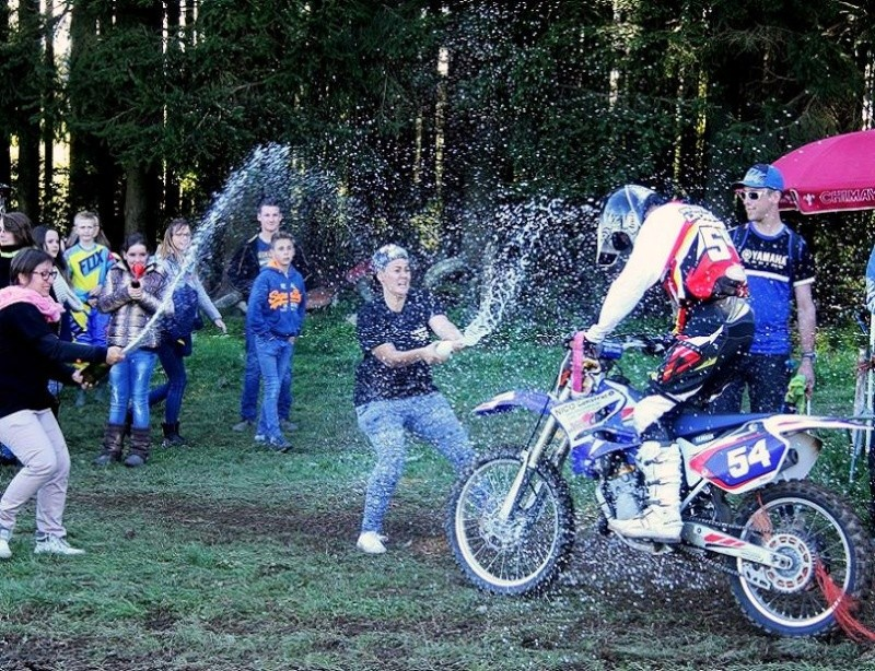 Motocross Moircy - 27 septembre 2015 ... - Page 3 12030210