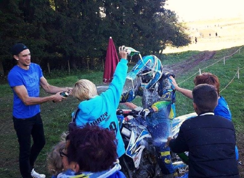 Motocross Moircy - 27 septembre 2015 ... - Page 2 12049310