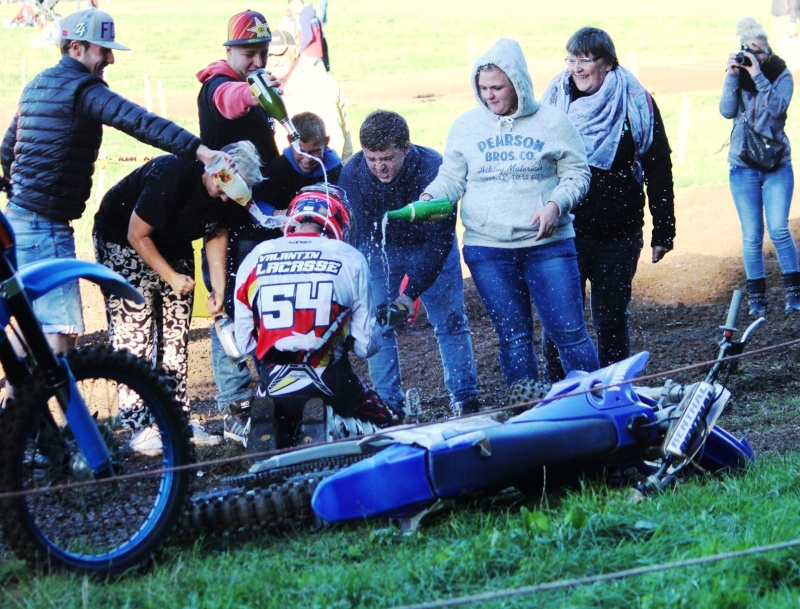 Motocross Moircy - 27 septembre 2015 ... - Page 10 12068913