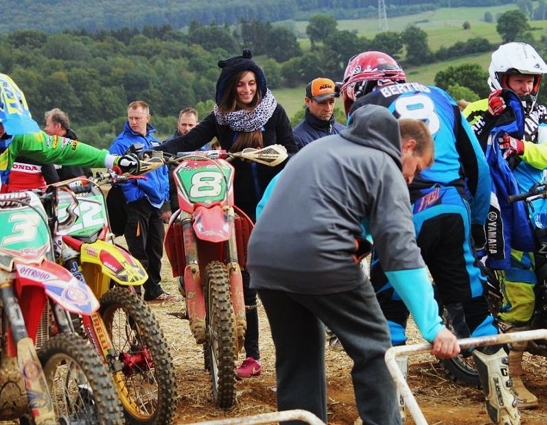Motocross Willancourt - 4, 5 et 6 septembre 2015 ... - Page 2 124