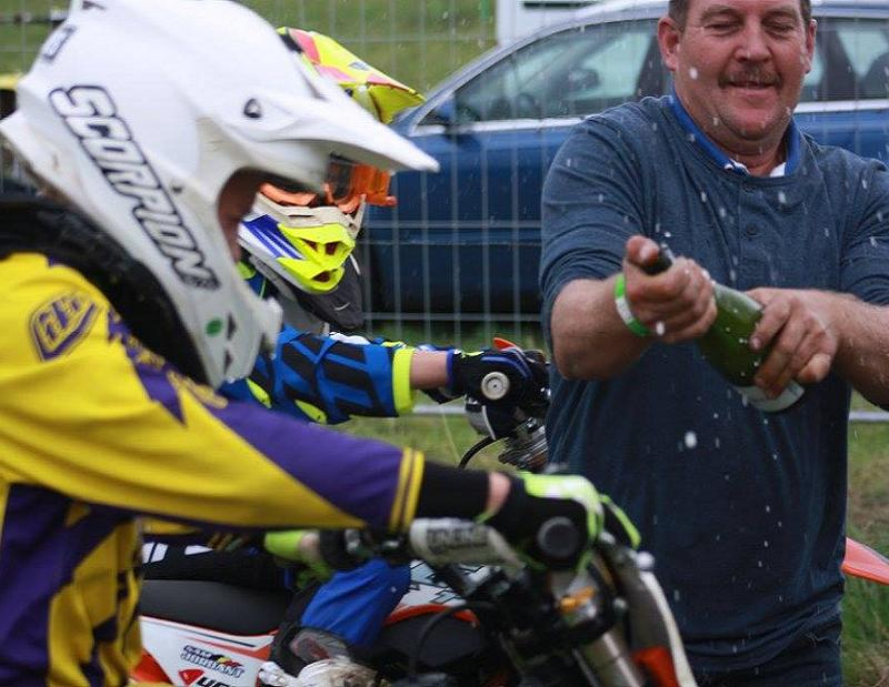 Motocross Bercheux - 13 septembre 2015 ... - Page 3 333
