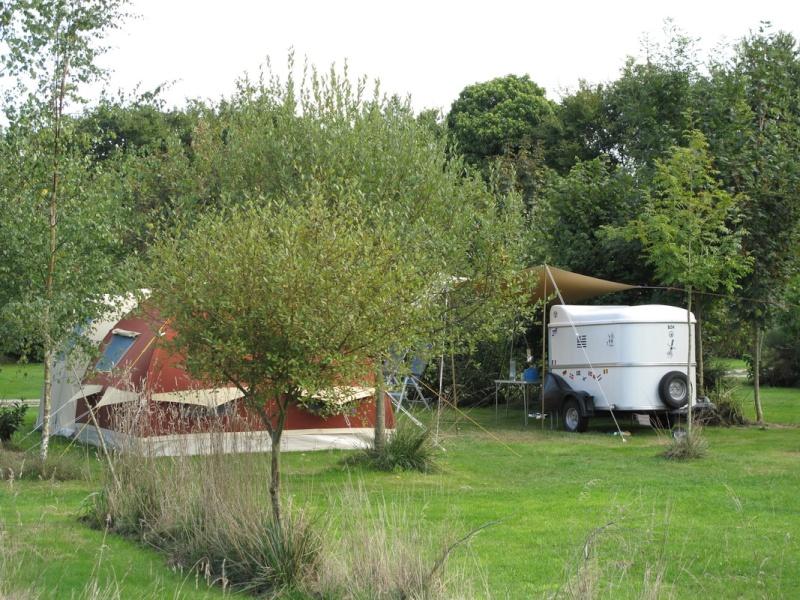 "Le camping ""la fontaine du Hallate""  (56) Karste11"
