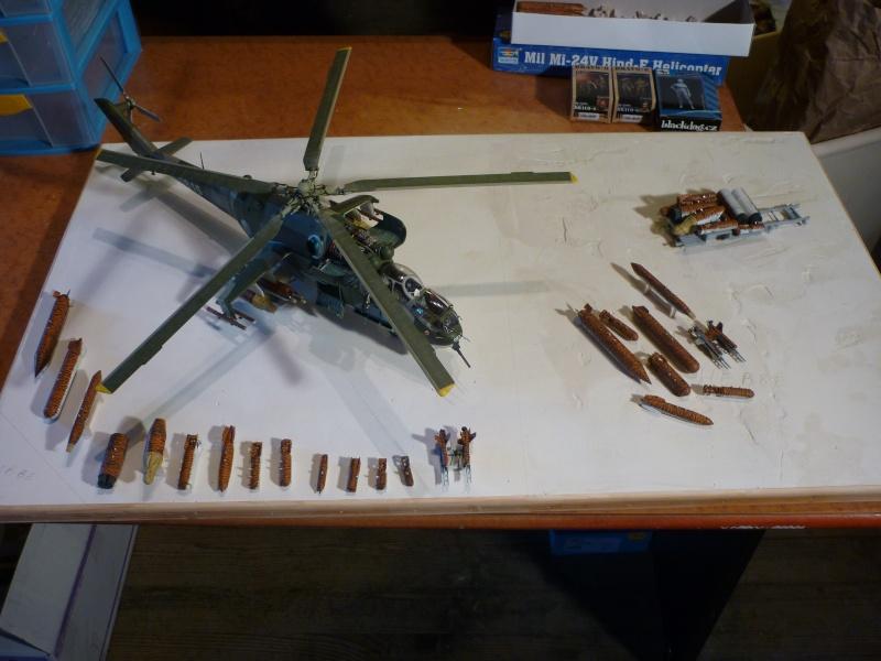 Meeting Tiger meet hélicoptère ; MIL MI 24 HIND E Trumpeter 1/35 et GAZ 66 Eastern Express  -1/35 Hind11