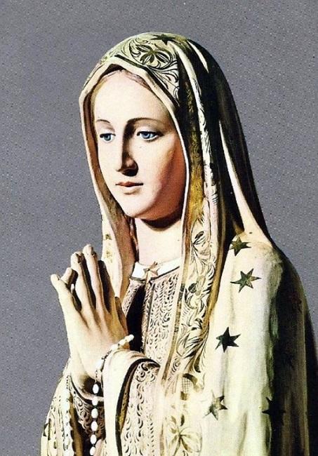 Le Mois de Marie de Notre Dame du Rosaire de Fatima 12903611