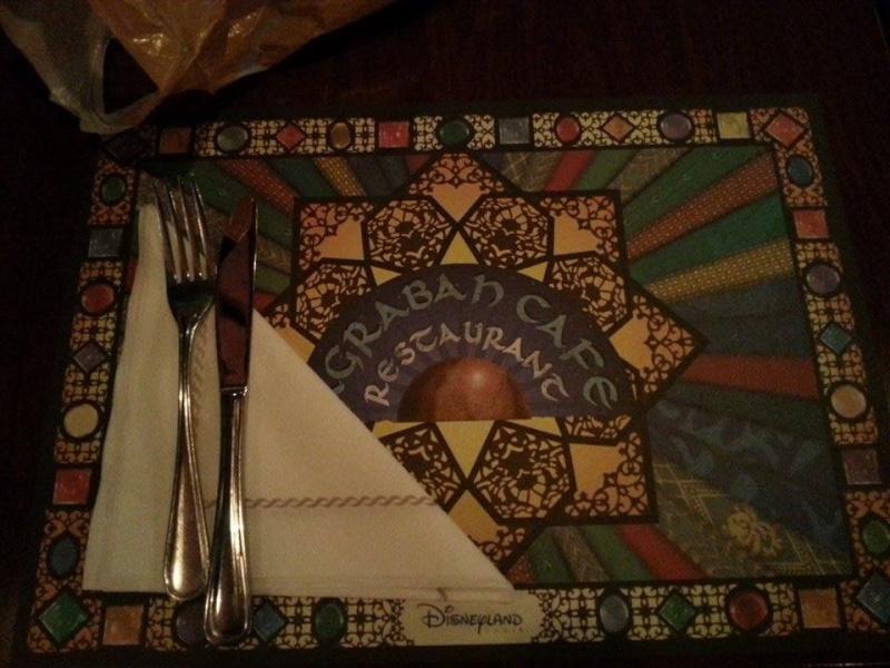Agrabah Café Restaurant (carte p.26) - Page 23 11855310