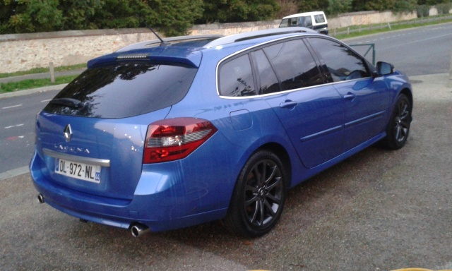 [¤MaX¤] Laguna III.1 Estate GT DCI 180cv 4control Bleue Malte - Page 2 Laguna13